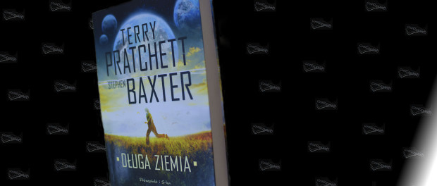 Recenzja książki Terry Pratchett, Stephen Baxter Długa Ziemia, Czaczytać